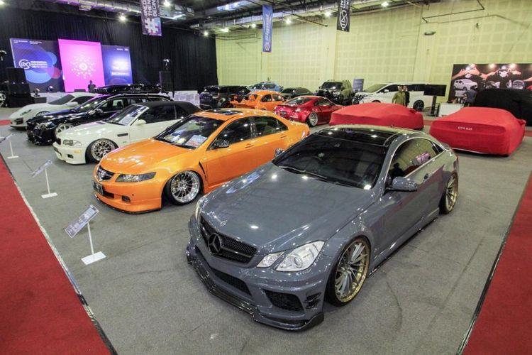 Modifikasi Warna Mobil